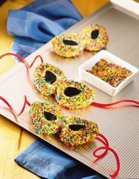 Masquerade Party Cookies - http://recipes.howstuffworks.com/masquerade-party-cookies-recipe.htm