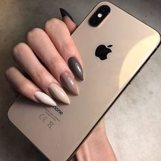 Image discovered by XX. Find images and videos about girl, amazing and nails on We Heart It - the app to get lost in what you love. Aycrlic Nails, Nude Nails, Nail Manicure, Hair And Nails, Glitter Nails, Minimalist Nails, Nail Swag, Indigo Nails, Nagellack Trends