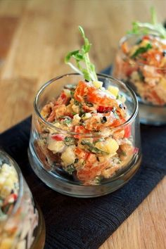 Our guest chef's recipe : Jonathan Garnier - Salmon tartare and yogurt with asian accents Fish Recipes, Seafood Recipes, Asian Recipes, Gourmet Recipes, Cooking Recipes, Ethnic Recipes, Tartare Recipe, Ceviche Recipe, Appetizer Plates