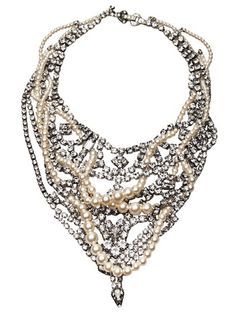 Image from http://rdujour.com/wp-content/uploads/2012/09/Tom-Binns-Crystal-and-Pearl-Bib-Necklace-01.jpg.