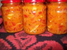 Salata de gogosari cu ceapa si hribi Canning Pickles, Romanian Food, Happy Foods, Happy Family, Jar, Pickling, Homemade, Cooking, Sauces