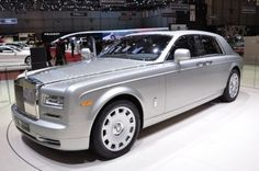 ROSE ROYCE CAR | Record sales worldwide for Rolls Royce cars