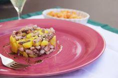 TARTARE DI POLPO, PATATE E SALSA AL PREZZEMOLO http://acquolinainblog.com/recipe-items/tartare-di-polpo-patate-e-salsa-al-prezzemolo/