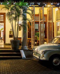 Explore the exotic island of Sri Lanka, from the fort city Galle to the Geoffrey Bawa-designed Villa Bentota.