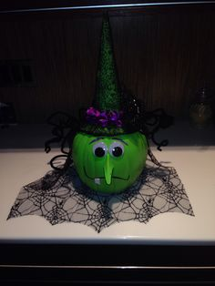 Witch pumpkin painted and done by Nicolas