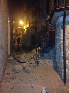 Update: More Than 260 Dead In Italy Earthquake, A State Of Emergency Is Declared…