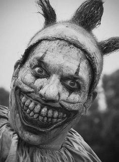 Clown from horrorgrafia