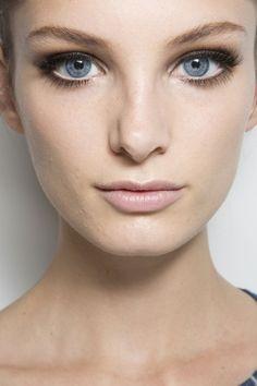 Model: Ava Smith