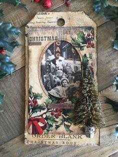 Christmas Journal, Christmas Scrapbook, Christmas Books, Christmas Love, Vintage Christmas, Christmas Ideas, Christmas Shadow Boxes, Christmas Gift Tags, Xmas Cards