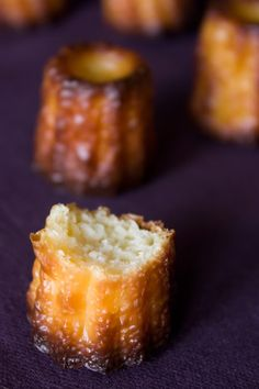 pastries Aesthetic pastries Chef Fluted competition You are in … - Desserts French Desserts, Mini Desserts, Just Desserts, Delicious Desserts, Sweet Recipes, Cake Recipes, Dessert Recipes, Desserts With Biscuits, French Pastries