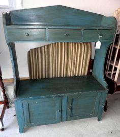 Fabulous Shaker style water bench in old green/blue paint