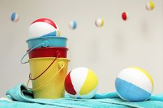DIY: beach ball garland