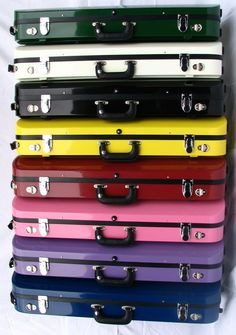 :: Bobelock fiberglass violin cases.