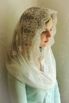 Evintage Veils~ Our Lady of Angels** Vintage Inspired Lace Chapel Veil Mantilla Infinity Veil