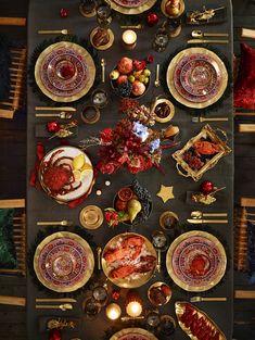 Mesa posta - ceia de Natal - decoração em vermelho e dourado - Zara Home