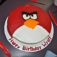 this cake would be easy to make - angry birds star wars?