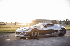 Rimac Concept_One production version 1000+HP electric beast