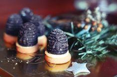 Vosí hnízda (včelí úly) - recept na rychlé a nepečené cukroví - Teeda Cheesecake, Desserts, Food, Tailgate Desserts, Deserts, Cheesecakes, Essen, Postres, Meals