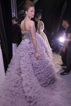Backstage at a Giambattista Valli Haute Couture runway show at Paris Fashion Week Purple Fashion, Love Fashion, Trendy Fashion, Paris Fashion, High Fashion, Modest Fashion, Fashion Photo, Fashion Ideas, Ball Dresses