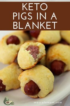 These Keto Pigs in a Blanket are one of the best keto snacks around. This is one of my favorite keto appetizers to take to a party that even your non-keto friends will love! Awesome Food, Good Food, Sugar Free Ketchup, Good Keto Snacks, Road Trip Snacks, Keto Recipes, Healthy Recipes, Pigs In A Blanket, School Snacks