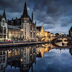 Have you been here? #Repost @rahul.sharma11 Reflect. . . . . . #lovethisglobe#travellingthroughtheworld#wanderlust#theglobewanderer#roamtheplanet#travelawesome#aroundtheworldpix#lonelyplanet#travelstoke#travelgram#instatravel#travelphotography#passionpassport#beautifuldestinations#wonderlust#tlpicks #cityphotography#cityscape#topeuropephoto#citiesoftheworld#traveltheworld#bbctravel#travelstoke#worlderlust#gent#belgium#visitbelgium#visitgent