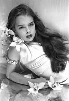 Brooke Shields Very Hot | Who Is This Unfortunate Little Girl Being Sexualized