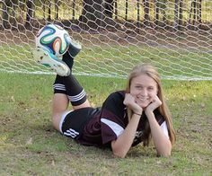 Image from http://nikonites.com/attachments/sports/74993d1393544231-middle-school-girls-soccer-team-portraits-missed_focus_03.jpg.