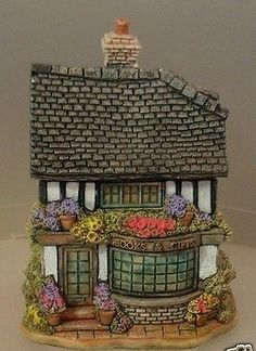 Lilliput Lane - Books and Gifts. A gift from Allan from Edinburgh.