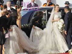 crown-prince-guillaume-of-luxembourg-and-countess-stephanie-de-lannoy-wedding-elie-saab-dress.jpg