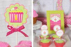 Festa de 1 ano - Tema Cupcake - Meninas - Mães Brasileiras
