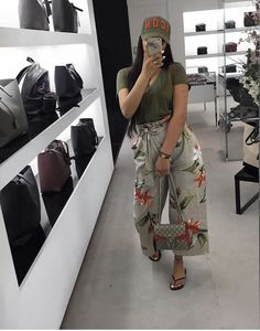 The Easiest Summer Look. Just wear it and forget it and enjoy the summer. Cute Casual Outfits, Casual Chic, Stylish Outfits, Summer Outfits, Girl Outfits, Fashion Outfits, Fashion 2018, Fashion Ideas, Black Girl Fashion