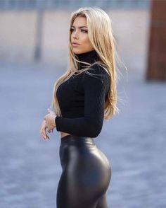 Wet Look Leggings, Black Leggings, Monster Energy Girls, Skin Tight, Black Crop Tops, Blond, Leather Skirt, Sexy Women, Beautiful Women