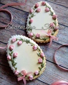 Cookies Decorated Vintage Royal Icing New Ideas No Egg Cookies, Fancy Cookies, Iced Cookies, Cookies Et Biscuits, Cupcake Cookies, Sugar Cookies, Easter Cupcakes, Easter Cookies, Fun Cupcakes