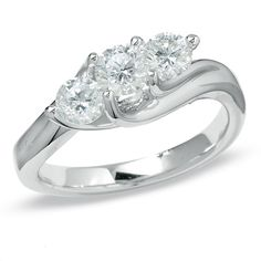Previously Owned - 1 CT. T.W. Diamond Three Stone Ring in 14K White Gold - Size 7 - Zales