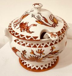 Jillian Varga Soup Tureen with Goldfish decoration. Goldfish, Porcelain, Soup, Decoration, Art, Decor, Art Background, Porcelain Ceramics, Kunst