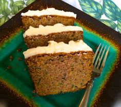 Super MOIST Cinnamon Zucchini Cake with Cream Cheese Frosting :http://www.italianbellavita.com/2014/07/moist-cinnamon-zucchini-cake-cream-cheese-frosting/