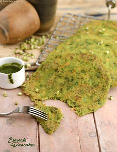Sprouts Pancakes, a thoughtful mélange of moong sprouts and veggies, this dish is not just easy to put together but also a real culinary and visual treat! Sprout Recipes, Veg Recipes, Lunch Recipes, Indian Food Recipes, Breakfast Recipes, Vegetarian Recipes, Cooking Recipes, Healthy Recipes, Ethnic Recipes