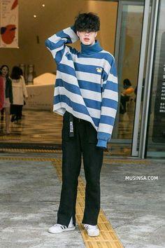 Korean Fashion Men, Fashion Mode, Korean Street Fashion, Look Fashion, Mens Fashion, Fashion Fall, Vintage Fashion Men, Japanese Fashion Men, Seoul Fashion