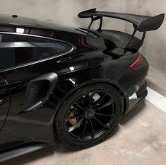 Preto Wallpaper, Lux Cars, Pretty Cars, Classy Cars, Car Goals, Fancy Cars, Street Racing, Love Car, Sport Cars