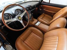 1962 Ferrari 400 Superamerica LWB Aerodinamico | V12, 3,967 cm³ | 340 BHP | Design: Aldo Brovarone, Pininfarina | Engine: Gioacchino Colombo