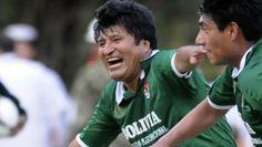 El presidente de Bolivia, Evo Morales, ficha por un equipo de fútbol de la Primera división