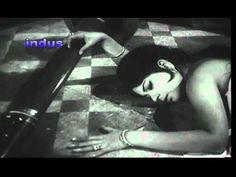 """MAYI-REE MAIN KAASE KAHOON""BY LATA MANGESHKER,M:MADAN MOHAN-""DASTAK-1970"" - YouTube"