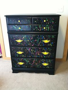 Random Orbital Sander Repainted white dresser to black, splatter paint for my teen daughters room. Funky Furniture, Paint Furniture, Upcycled Furniture, Furniture Makeover, Furniture Design, Best Random Orbital Sander, Ideas Hogar, Room Planning, Big Girl Rooms