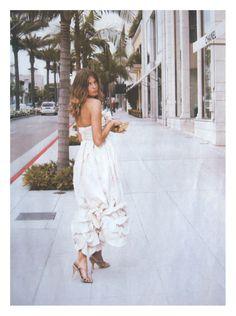 Daria Webrowy in Chanel.