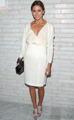 Olivia Palermo in ivory   by Andrew H. Walker    94      21      2