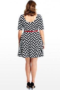 Plus Size Contrast Line Dress | Fashion To Figure