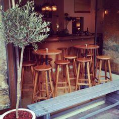 L'Artisan  14 rue Bochart de Saron 75009 Paris
