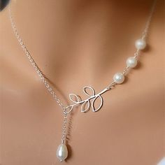 Simple Wedding Jewelry Necklace, Dainty Teardrop Pearl on Branch Leaf Necklace, Silver plated Bridesmaids Colar Lariat, Pearl Choker Necklace, Short Necklace, Lariat Necklace, Pendant Necklace, Layered Necklace, Drop Necklace, Colar Fashion, Fashion Necklace