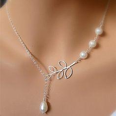 Vintage Four Pearl Leaf Shape Pendant Necklace(1 Pc) – USD $ 2.99