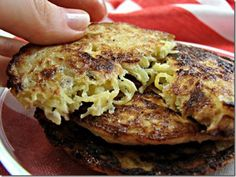 S - Spaghetti Squash Fritters (GAPS, Paleo) Eat with green salad and protein If you use eggwhites and scant oil, then it can be an E Eat with E fuel source and lean protein Gaps Diet Recipes, Vegetable Recipes, Whole Food Recipes, Vegetarian Recipes, Cooking Recipes, Healthy Recipes, Scd Recipes Phase 1, Recipes Dinner, Delicious Recipes